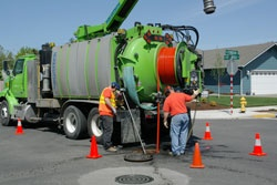 Sewer-Cleaning Truck